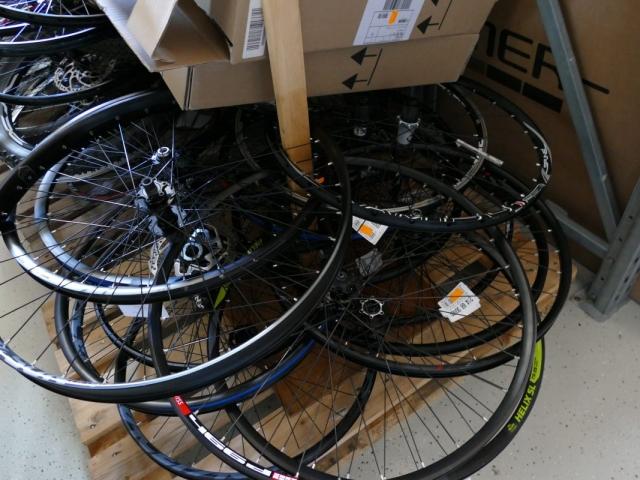 Räder ewege Flohmarkt Sonderverkauf